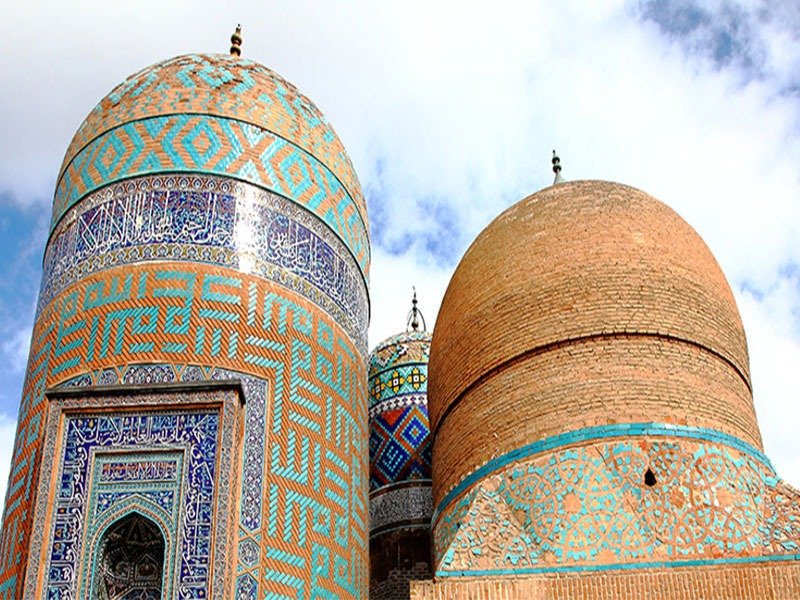 Tomb-of-Sheikh-Safiuddin-Ardebili-in-Ardebil-province